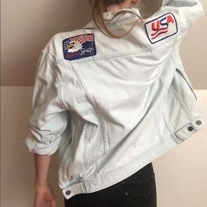 Vintage USA patch light wash denim jacket